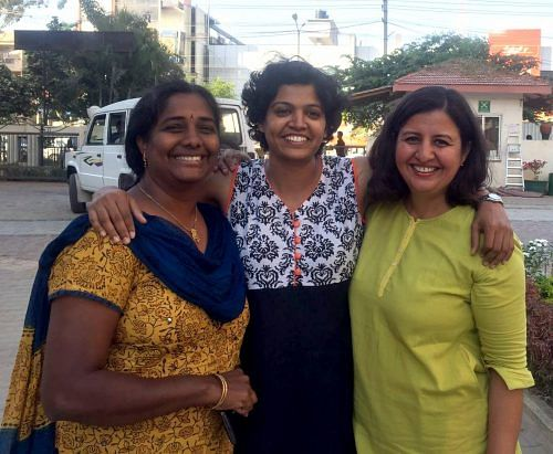 Malini Parmar and two of her co-volunteers