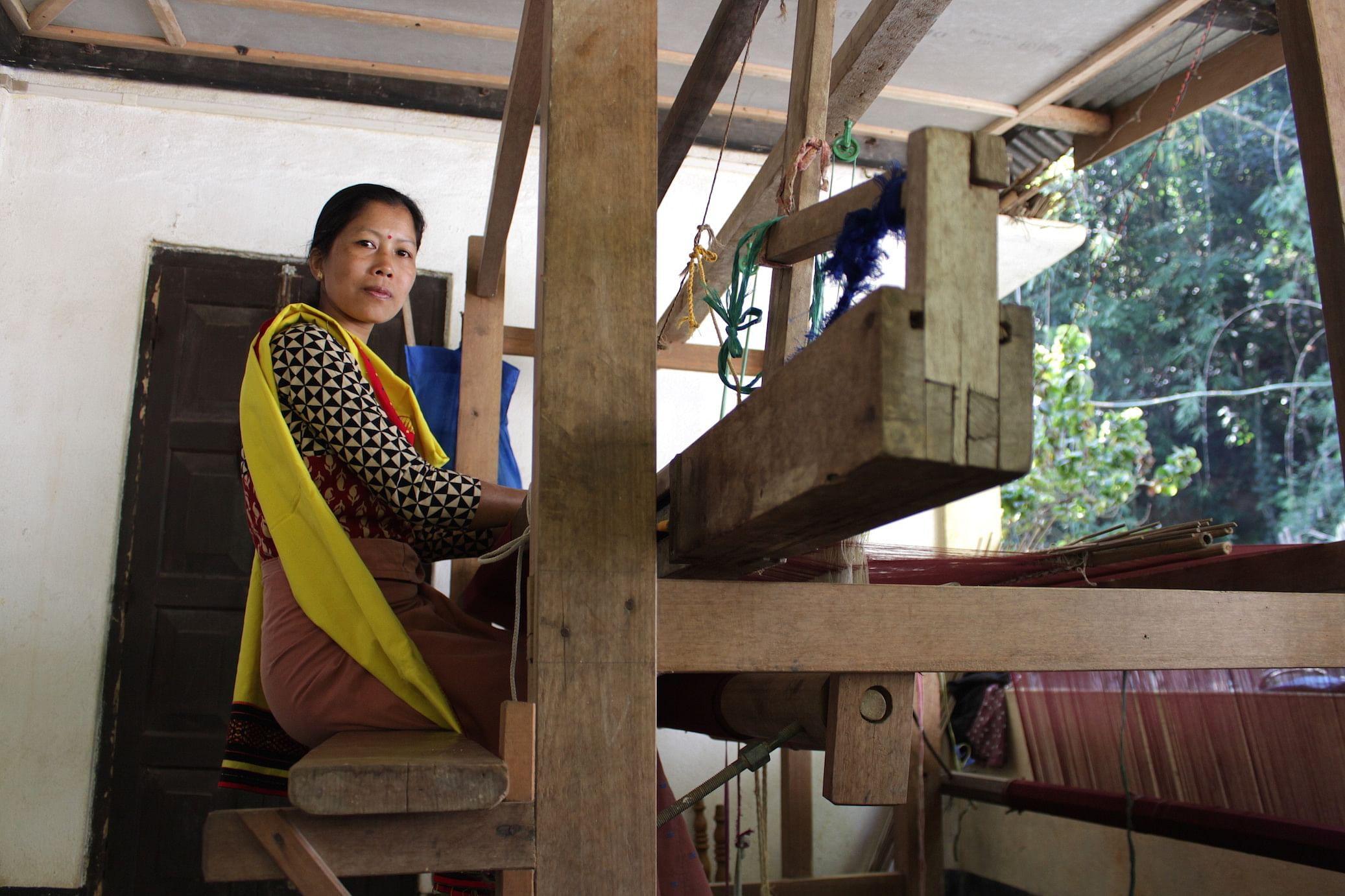 Minali Kemprai, a weaver associated with ROOHI