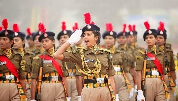 army-women1