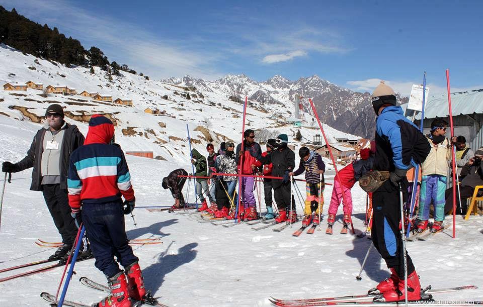 auli-ski-snowboard-school-7463779