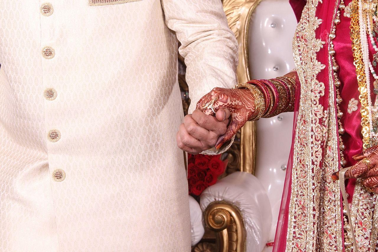 couple-1245864_1280