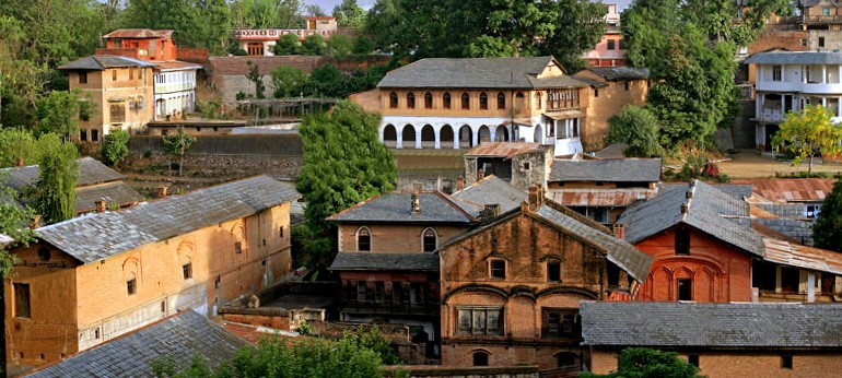 #TravelTales: Move over Prague! India's First Heritage Village of Pragpur Will Wow One & All