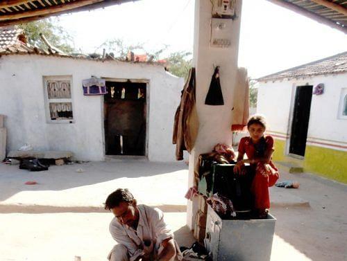 Save Khavda Pottery