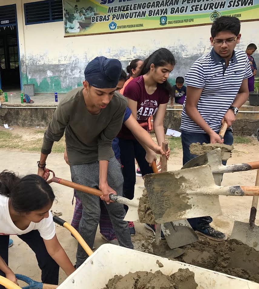Gaurishi (centre) on a school trip