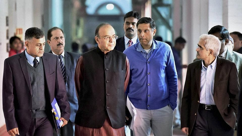 arun-jaitley-during-bankers-budget-meeting-with_75007a2c-d0cb-11e6-a877-a82e4b02bda2