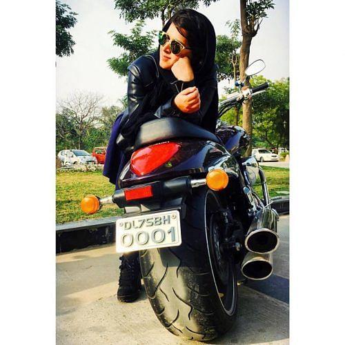 hijab biker 1