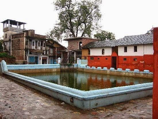 pragpur-village-tank