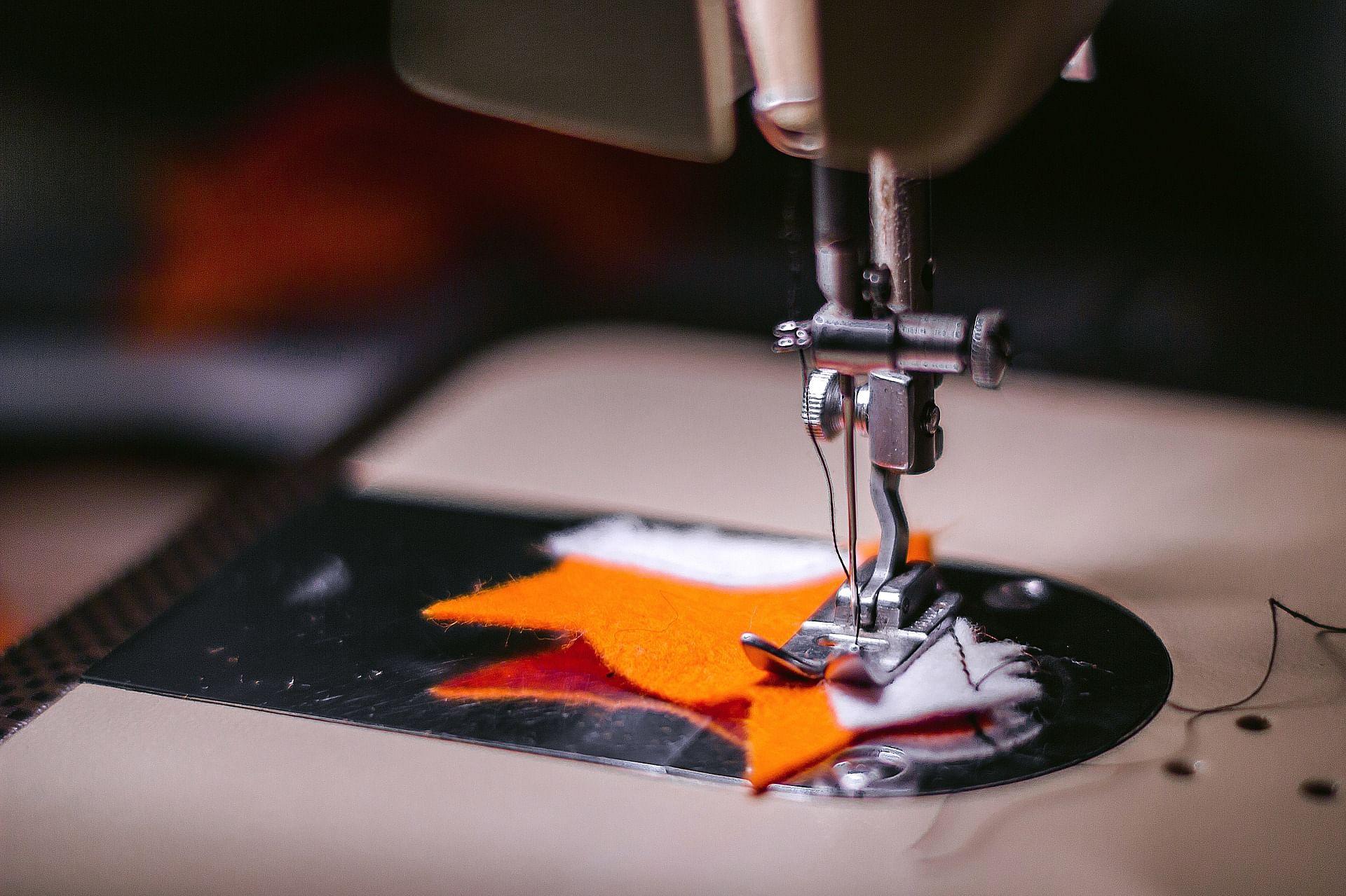 sewing-machine-925458_1920