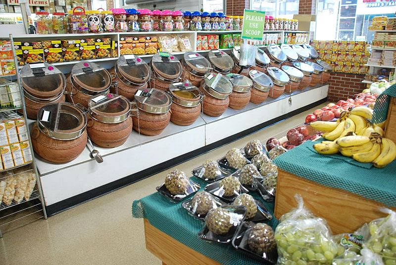 How Two Immigrant Brothers Built Americas Largest Indian Grocery Store