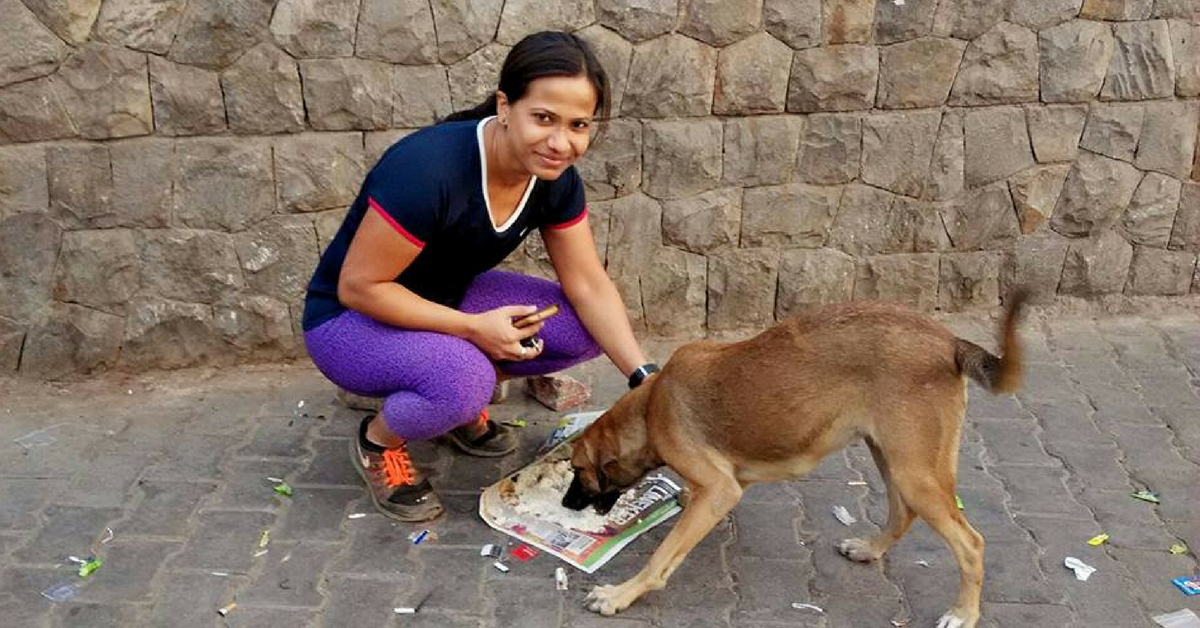 Why a Corporate Employee Spends Her Time Feeding & Taking Care of Hundreds of Dogs Around Delhi
