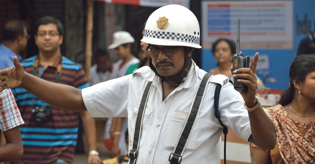 A Mumbai Man's Acts of Kindness Help Traffic Cops Keep Cool This Scorching Summer