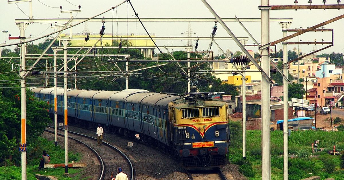 Indian Railways Joins Hands With Maharashtra State Govt to Build Homes for 12 Lakh Slum Dwellers