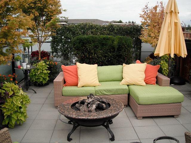 Outdoor Furniture In Delhi
