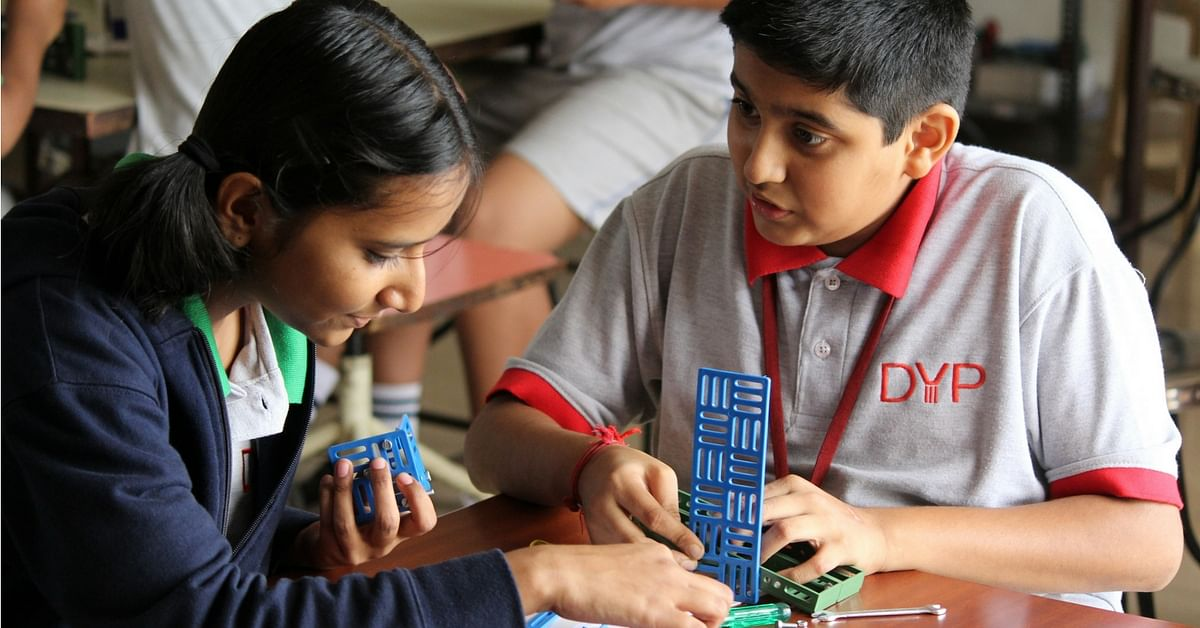 Students in Maharashtra & Gujarat Are Mastering Robotics, Thanks to This Former Air Force Officer
