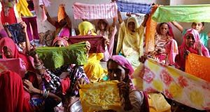 Women of Nosariya village in Rajasthan at a workshop to learn the art of tie and dye. (Photo by Jigyasa Mishra)