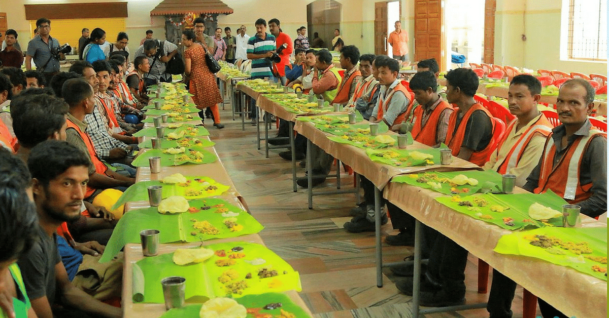 In Pictures: How Kochi Metro Thanked 800 Migrant Workers in True Kerala Style