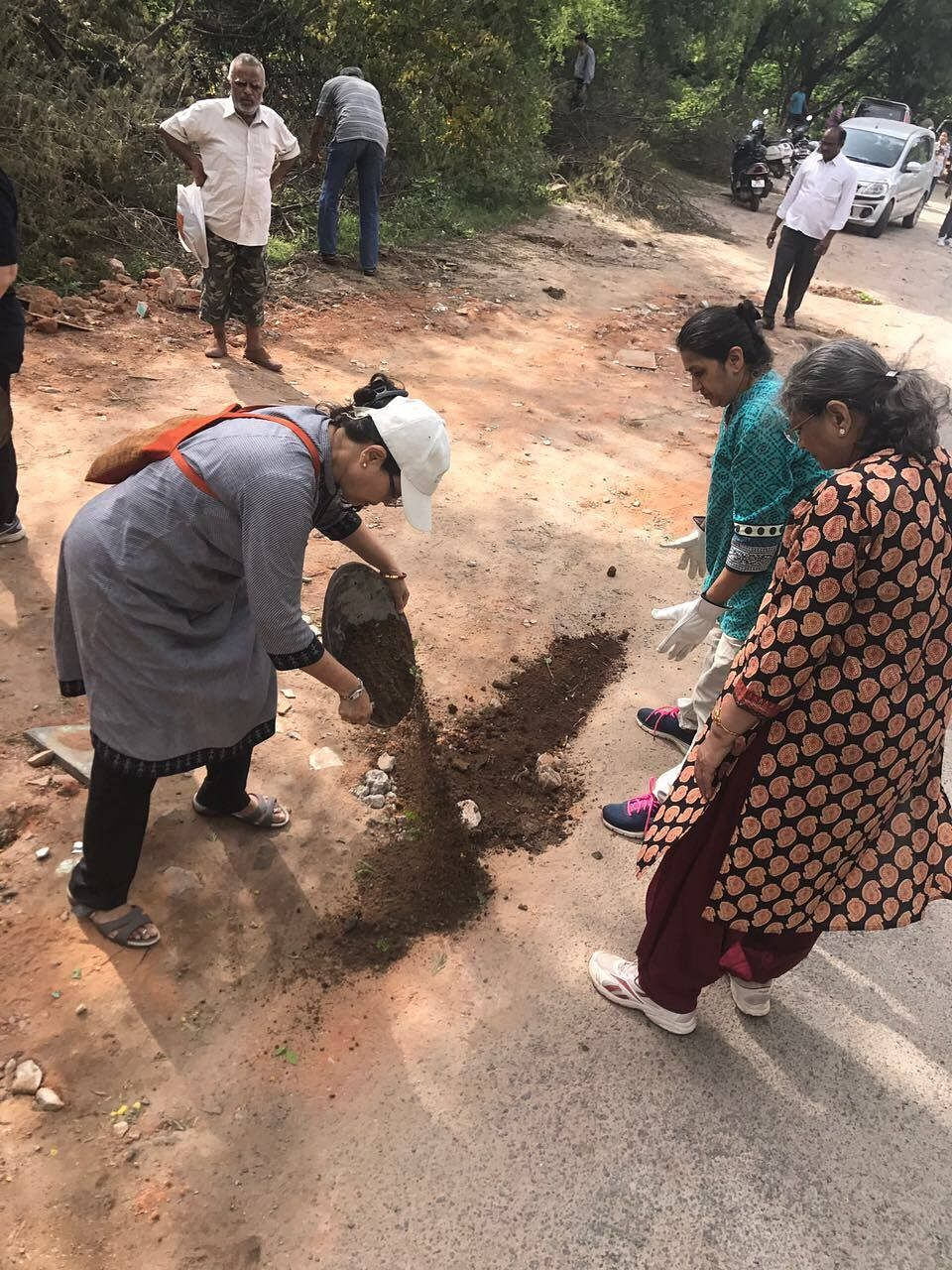 potholes-secunderabad-senior-citizens