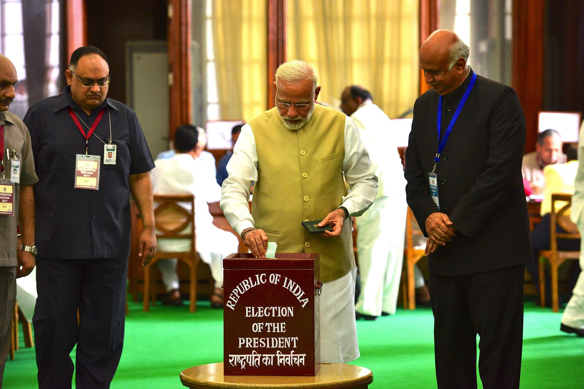 Indian politicians vote to elect new president