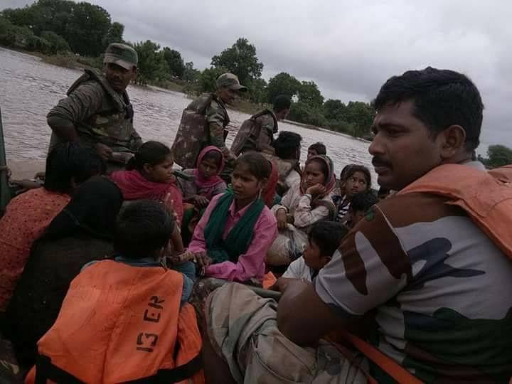 gujarat-floods-rescue-operations
