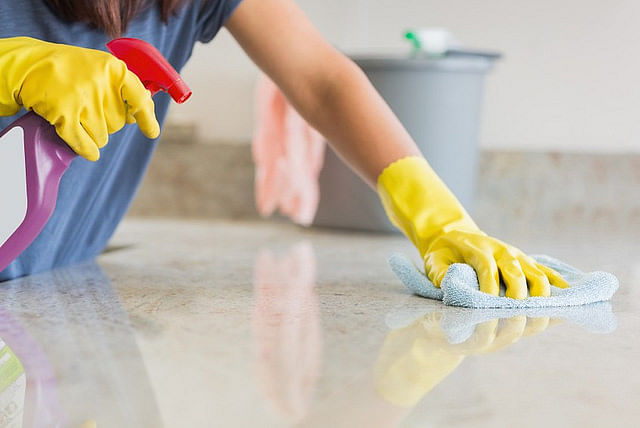 Qatar approves law limiting hours, ensuring pay for domestic workers