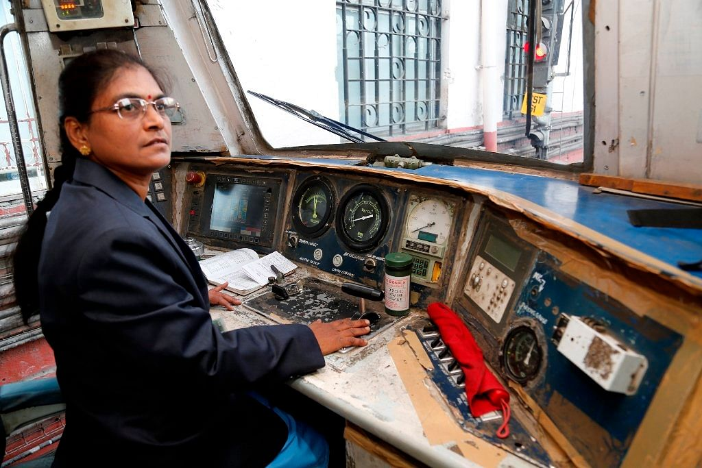 surekha yadav-indias- first-woman-train driver