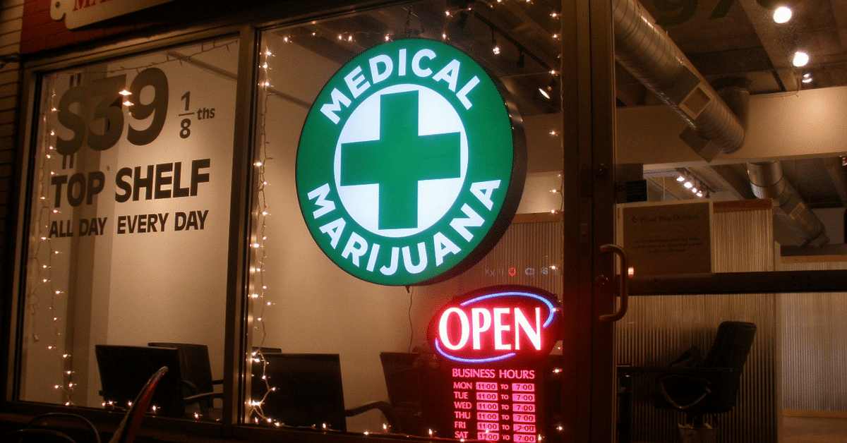 Should Medical Marijuana Be Legalised in India? The Pros, Cons & More