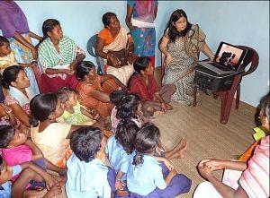 rashmi tiwari- jharkhand- tribal girls-3