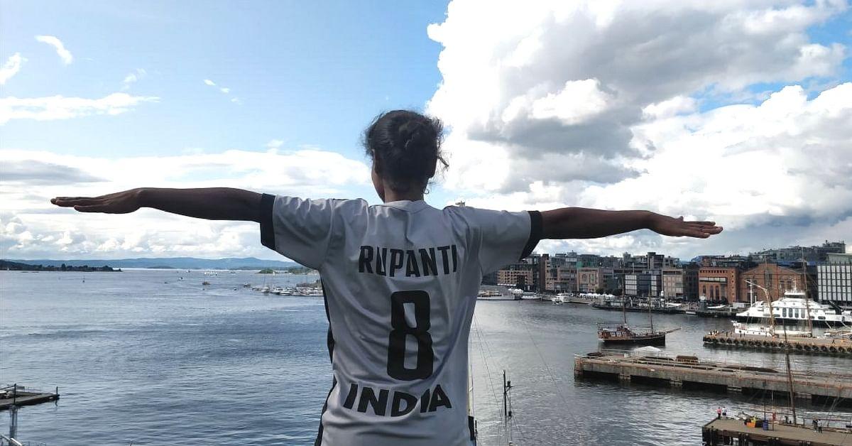 How Rupanti Munda Fought Naxal Attacks, Poverty to Become an International Footballer!