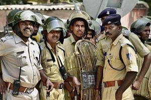 Hyderabad cops- kidnapped kid- CCTV