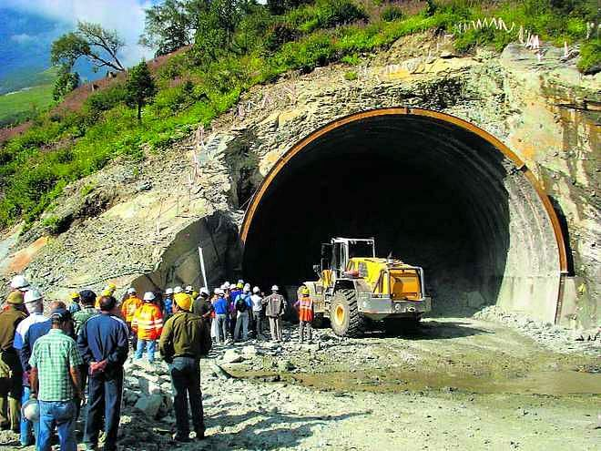 Rohtang tunnel-Lahaul-Spiti-valley