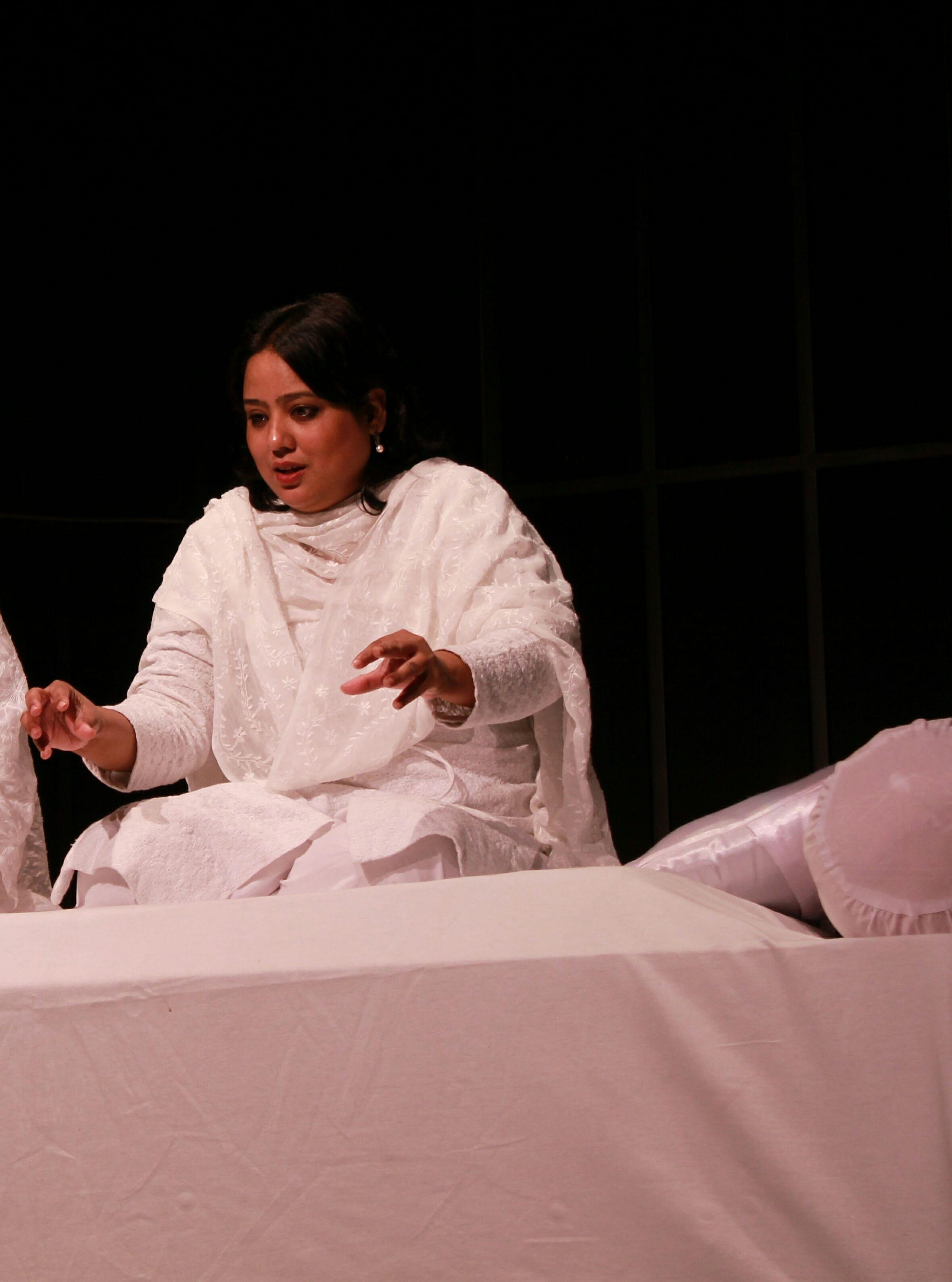 Fouzia Dastango- Dastangoi-first female dastango of India