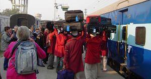 Indian Railways passengers (1)