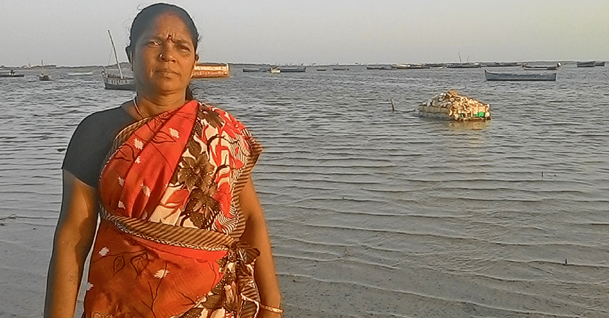 These Saree-Clad Women Divers Protect Rameshwaram's Coast While Making a Living!