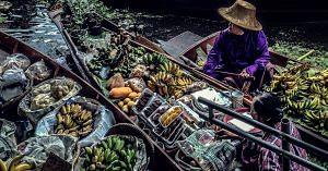 A Floating Market. Representative image only. Image Courtesy: Wikipedia.