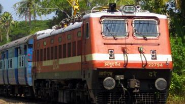 The Mumbai-Ahmedabad Shatabdi will soon have a new look. Representative image only. Image Courtesy: Wikimedia Commons.