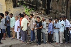 Indian voters standing in a queue (For representational purposes sourced from Wikimedia Commons)