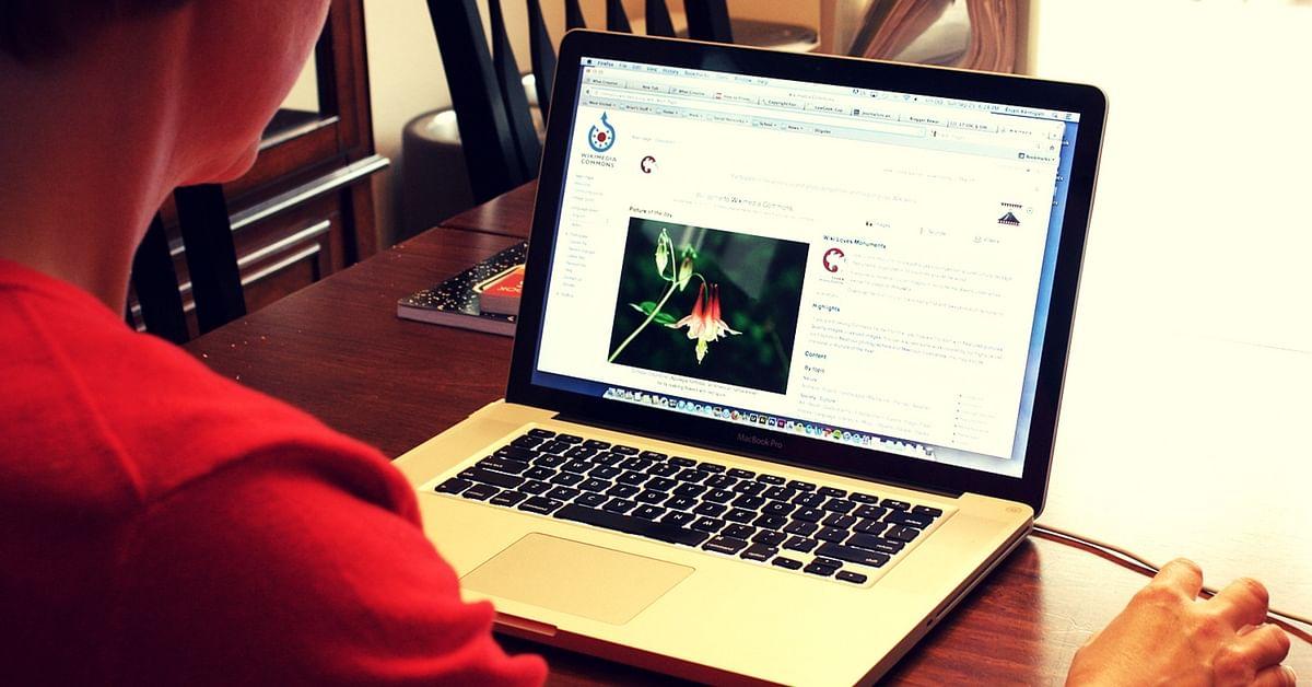 women- internet- gender divide-digital
