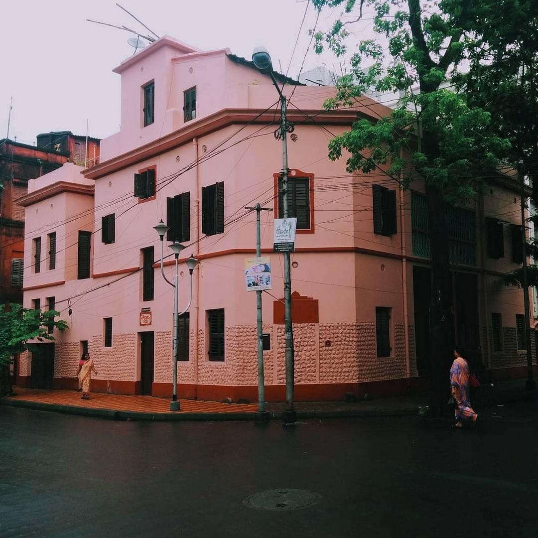 """""""Calcutta Houses"""""""