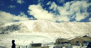 Leh Ladakh is beautiful, but inaccessible during winter.Image Courtesy:Wikimedia Commons.