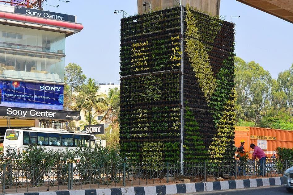 Delhi Metro's Drab Pillars Go Green with a 'Vertical' Makeover
