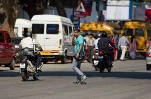 Kolkata traffic police phone pedestrians