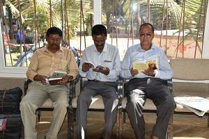 Raipur-elderly-loneliness-Bapu ki Kutiya