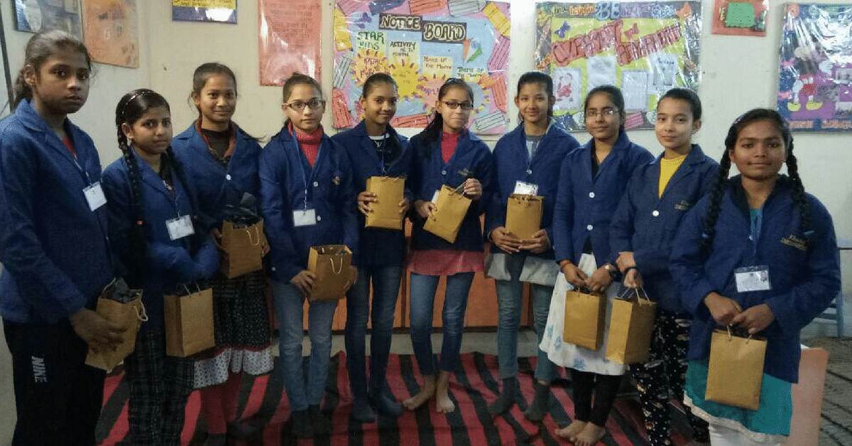 This 16-Year-Old Delhi Girl Empowers Hundreds With Biodegradable Sanitary Pads
