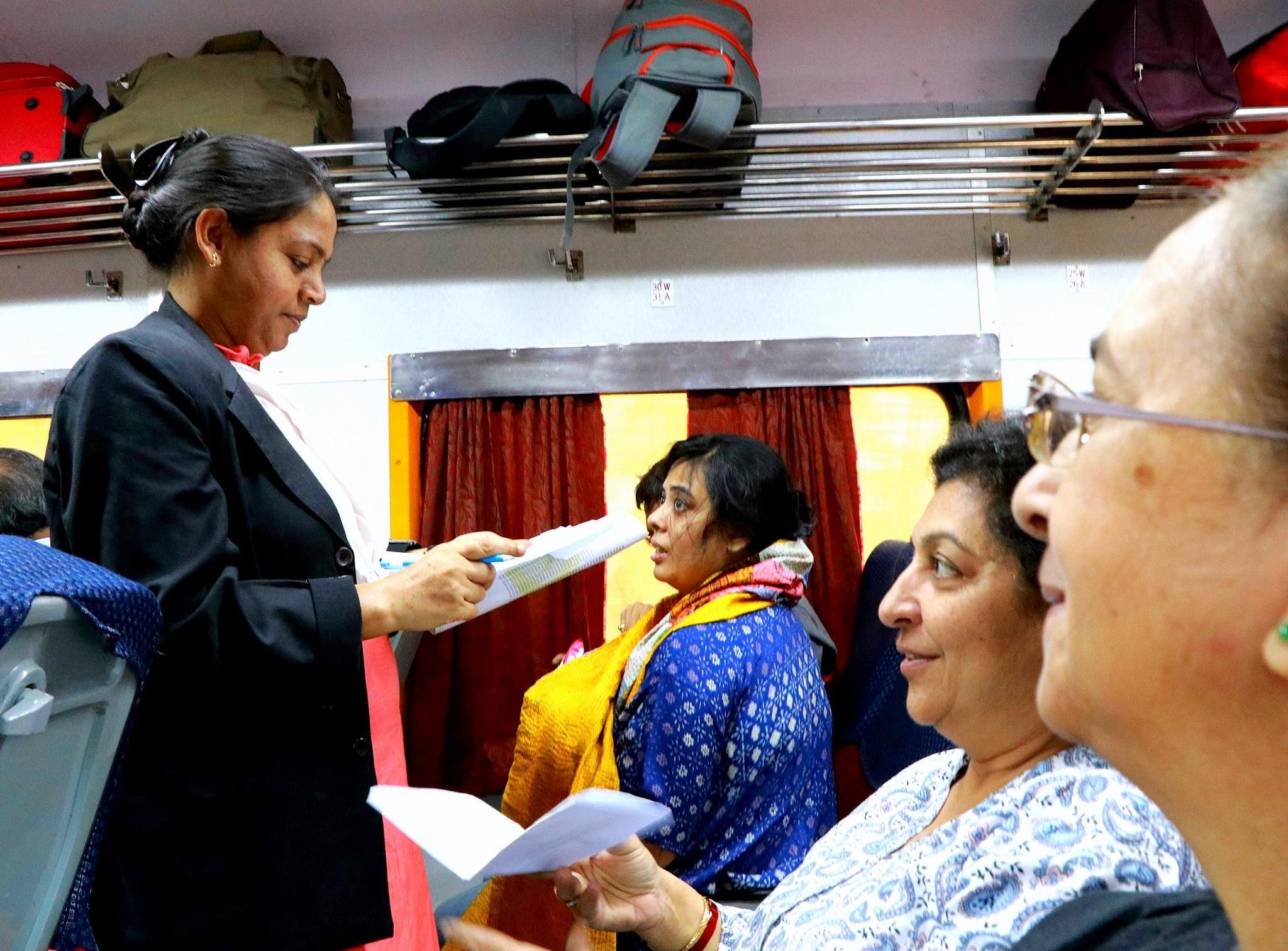 Mumbai-Ahmedabad Shatabdi Will Soon Have All-Women Ticket Checking Crew