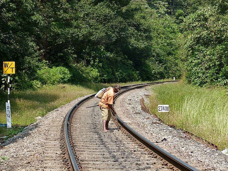 trackmen-tragedy-derailment