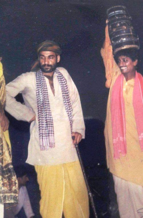 pankaj tripathi old pic during natak