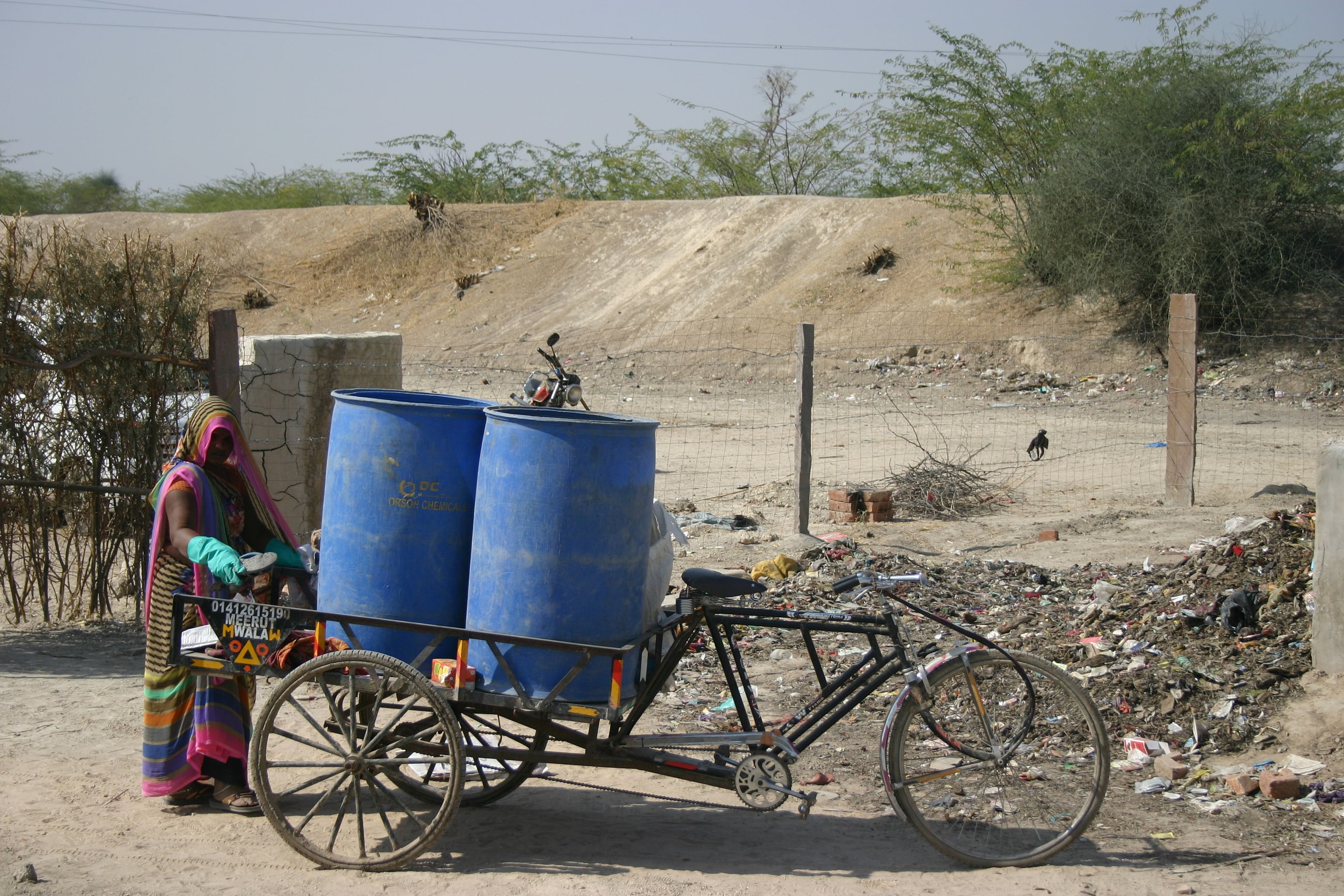 Rajasthan-garbage-hamlet-engineers
