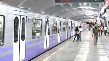 The Kolkata Metro is trying to streamline its ticketing process, by going digital. Representative image only. Image Courtesy: Wikimedia Commons.