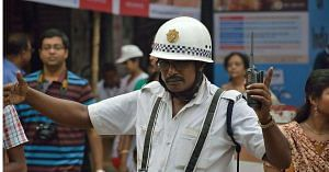 There is no escape from the punishment of a traffic violation, thanks to the Kolkata Police. Representative image only. Image Courtesy: Wikimedia Commons.