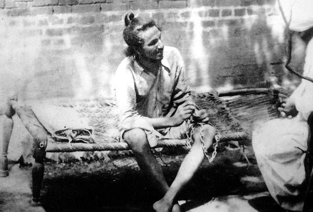 Vidyarthi gave shelter to Bhagat Singh and even gave him the opportunity to write for his publication. (Source)